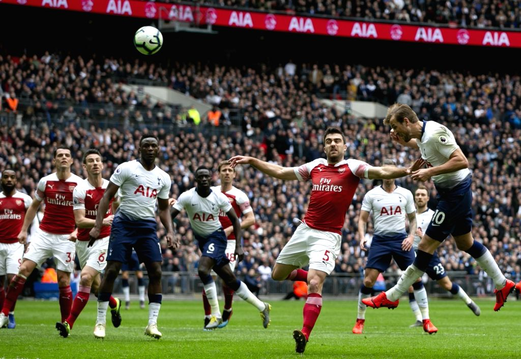 LONDON, March 2, 2019 - Tottenham Hotspur's Harry Kane (1st R) competes during the Premier League match between Tottenham Hotspur and Arsenal in London, Britain on March 2, 2019. FOR EDITORIAL USE ...