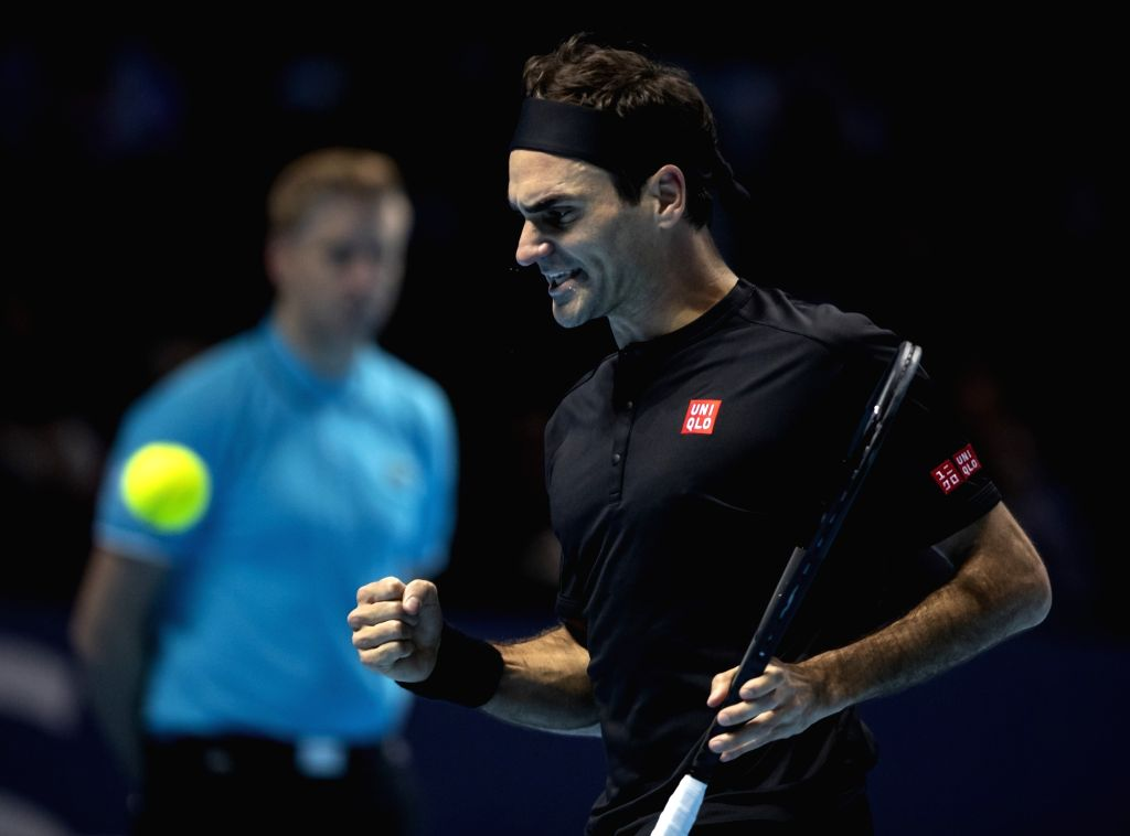 London, Nov. 17, 2019 - Roger Federer of Switzerland celebrates during the singles semifinal against Stefanos Tsitsipas of Greece  at the ATP World Tour Finals 2019 in London, Britain on Nov. 16, ...