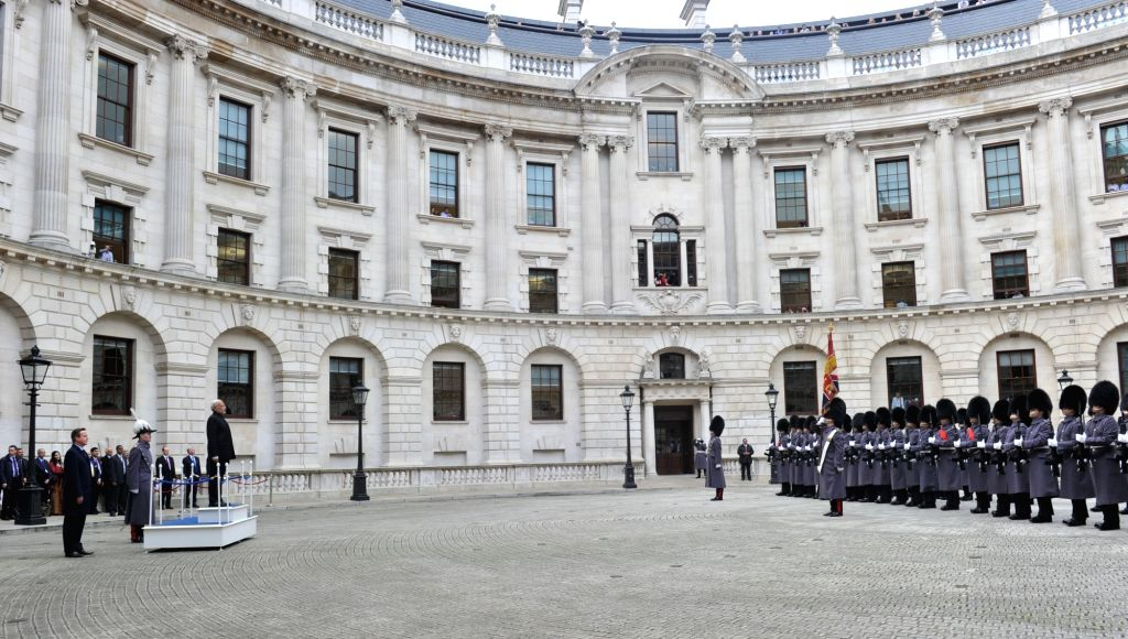 :London: Prime Minster Narendra Modi inspects guard of honour at Treasury Quadrangle during his official welcome in London, England on Nov 12, 2015. (Photo: IANS/MEA). - Narendra Modi