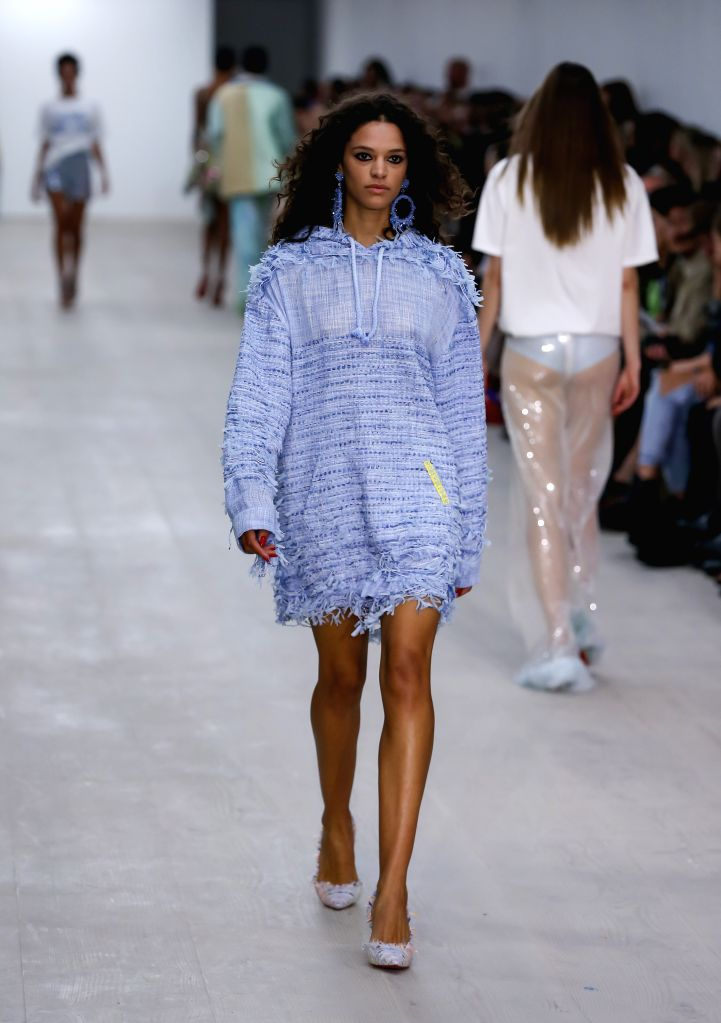 LONDON, Sept. 13, 2019 - Models present creations of Roberta Einer during the London Fashion Week in London, Britain, on Sept. 13, 2019.