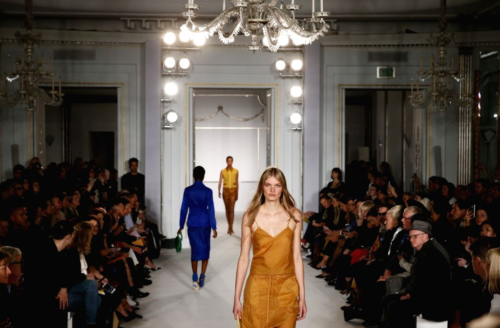 LONDON, Sept. 16, 2017 - Models present creations of Jasper Conran Spring/Summer 2018 collection during London Fashion Week in London, Britain on Sept. 16, 2017.