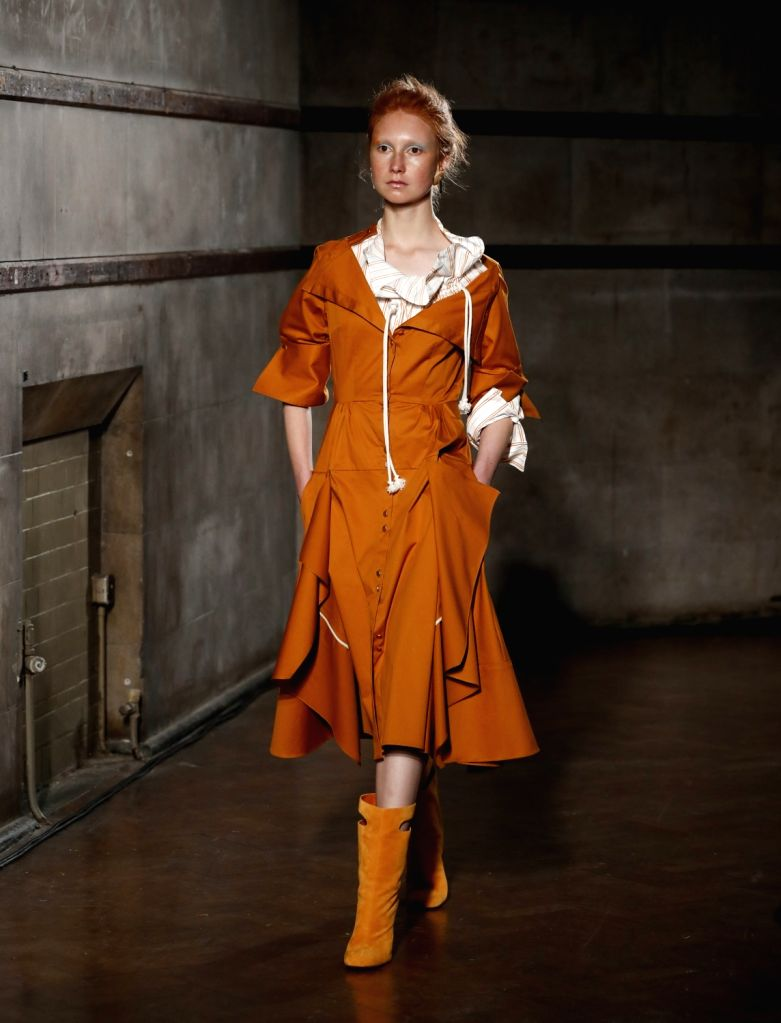 LONDON, Sept. 19, 2017 - A model walks the runway at the Parlmer//Harding show of Spring/Summer Collection 2018 during London Fashion Week in London, Britain on Sept. 19, 2017.