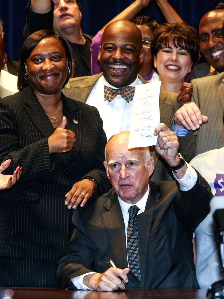 LOS ANGELES, April 4, 2016 - California Governor Jerry Brown signs landmark legislation SB 3 into law in Los Angeles, California, the United States, on April 4, 2016. Lawmakers in California on ...