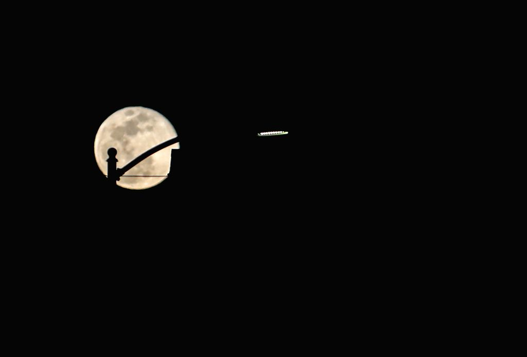 LOS ANGELES, Feb. 20, 2019 - Photo taken on Feb. 19, 2019 shows a full moon in Los Angeles, the United States.