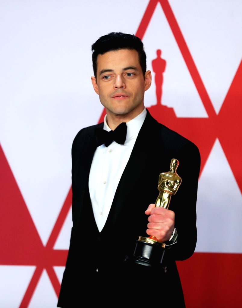 "LOS ANGELES, Feb. 25, 2019 - Rami Malek poses for photos after winning the Best Actor award for ""Bohemian Rhapsody"" in the press room during the 91st Academy Awards ceremony, or the Oscars, ..."