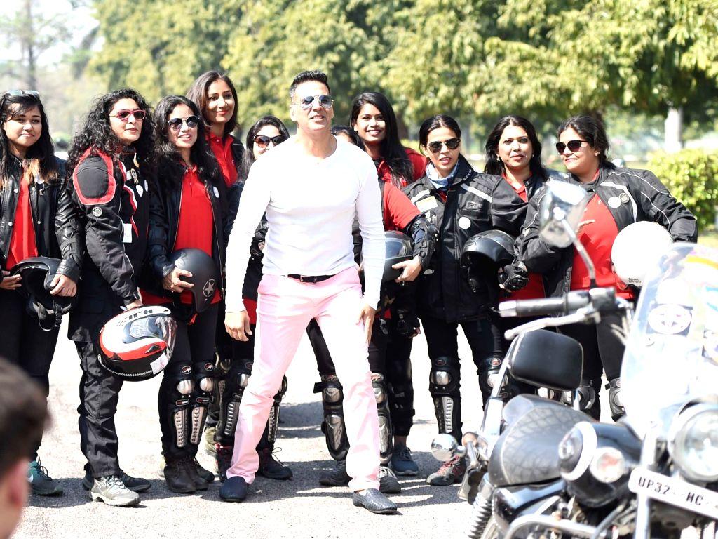 Lucknow: Actor Akshay Kumar during Run4Niine programme in Lucknow on March 8, 2019. (Photo: IANS) - Akshay Kumar