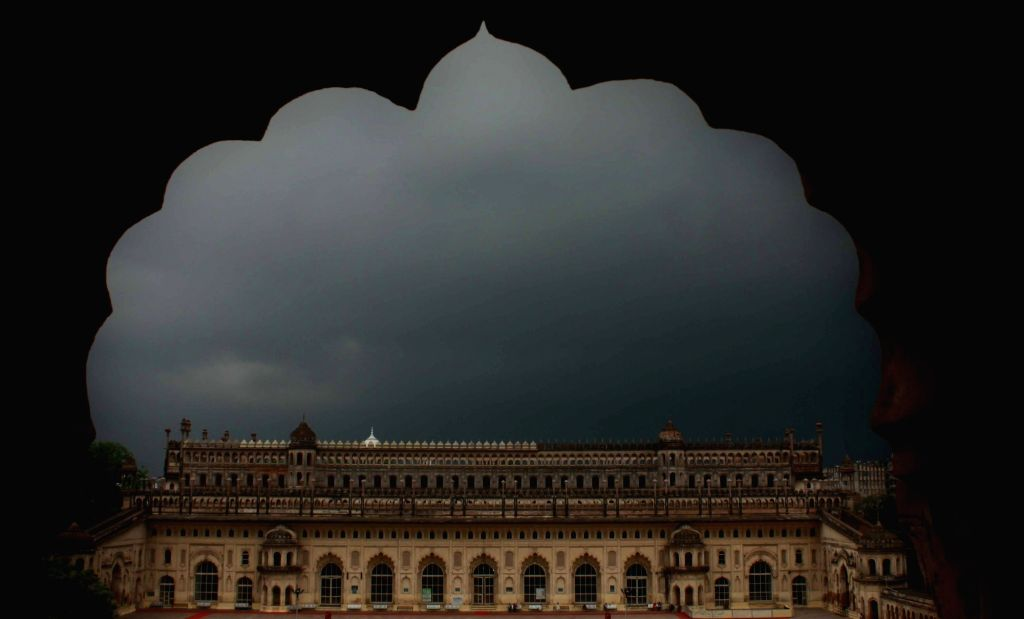 Lucknow : Dark clouds loom over Lucknow on Aug 3, 2016.