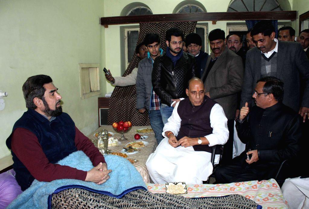 Union Home Minister Rajnath Singh visits Shia cleric Maulana Kalbe Jawad in Lucknow, on Jan 13, 2015.