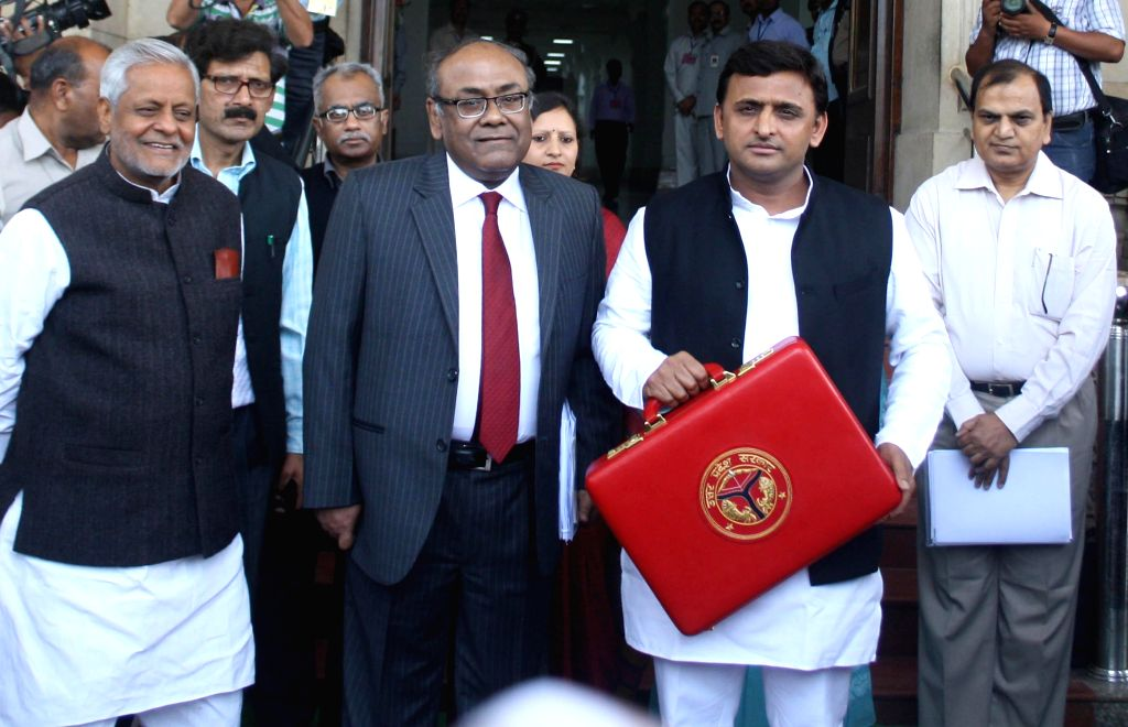 Uttar Pradesh Chief Minister Akhilesh Yadav arrives at the state assembly to present the state budget for 2015-16 in Lucknow, on Feb 24, 2015. - Akhilesh Yadav