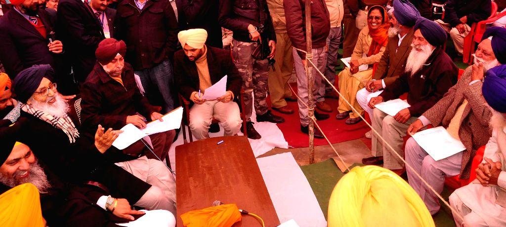 Punjab Chief Minister Parkash Singh Badal during a public meeting at Dhuri in Ludhiana on Jan. 27, 2015. - Parkash Singh Badal