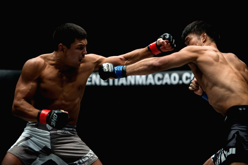 MACAO, Aug. 5, 2017 - Timofey Nastyukhin(L) of Russia competes during the Lightweight match against Koji Ando of Japan at ONE:Kings and Conquerors Championship in Macao, China, on Aug. 5, 2017.