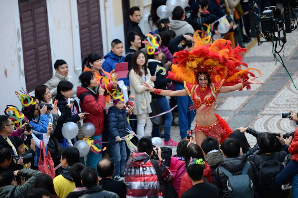 """The 14th anniversary of Macao`s return to the motherland, the SAR Government Cultural Affairs Bureau organized a """"rhythm of life"""" as the theme of .."""