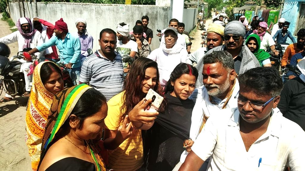 Madhepura: Jan Adhikar Party leader and Independent Lok Sabha candidate from Madhepura, Pappu yadav during an election campaign for the forthcoming Lok Sabha polls, in Bihar's Madhepura, on April 19, 2019. (Photo: IANS)