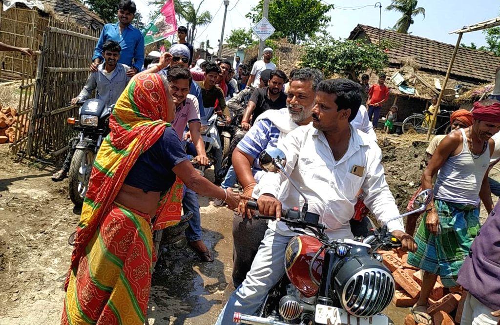 Madhepura MP and Jan Adhikar Party chief Rajesh Ranjan alias Pappu Yadav during an election campaign on the eve of the 2019 Lok Sabha elections, in Patna, on April 10, 2019. - Pappu Yadav