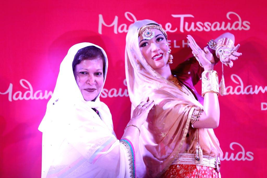 Madhur Brij, younger sister of actress Madhubala at the inauguration of Madhubala's wax statue at Madame Tussauds in New Delhi, on Aug 10, 2017. - Madhubala