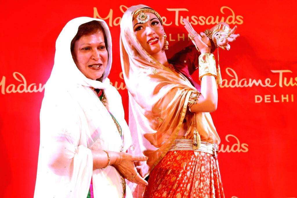 Madhur Brij, younger sister of Madhubala at the inauguration of Madhubala's wax statue at Madame Tussauds in New Delhi, on Aug 10, 2017.