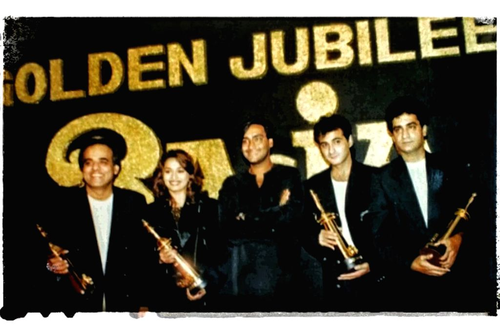 Madhuri Dixit celebrates 25 years of her film 'Raja'. - Madhuri Dixit