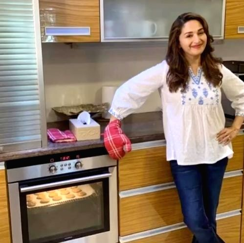 Madhuri Dixit-Nene shares recipe of her favourite cookies. - Madhuri Dixit