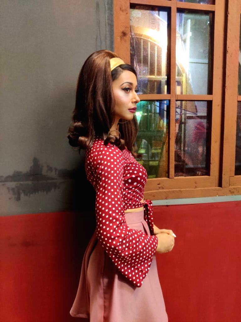 Madhurima Roy to play a bar dancer in web series. - Madhurima Roy