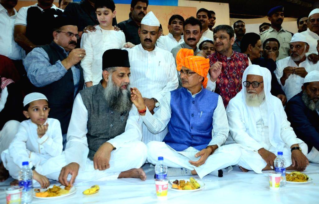 Madhya Pradesh Chief Minister Shivraj Singh Chouhan during an iftaar party hosted by him at his residence in Mumbai, on June 13, 2018. - Shivraj Singh Chouhan