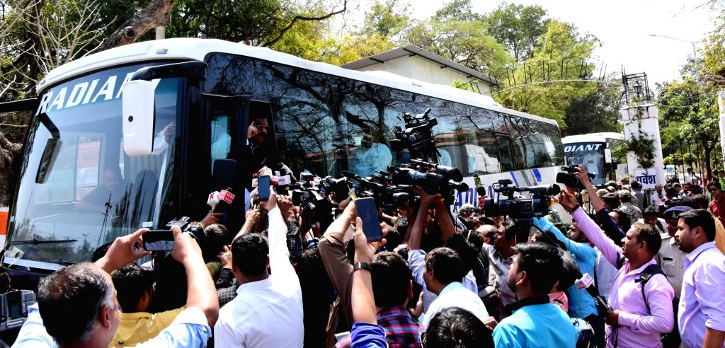 Madhya Pradesh Congress MLAs leave in buses after meeting Governor Lalji Tandon at Raj Bhavan in Bhopal on March 18, 2020.