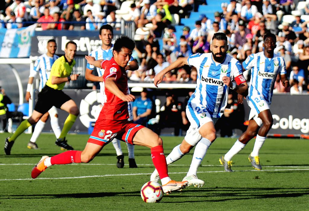 MADRID, May 13, 2019 - Espanyol's Wu Lei shoots during a Spanish League soccer match between Leganes and RCD Espanyol in Madrid, Spain, May 12, 2019. Espanyol won 2-0.