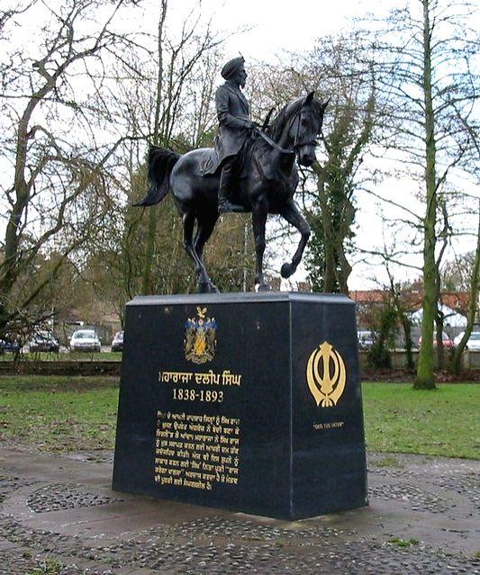 Maharaha Duleep Singh's statue in Britain's Thetford - Maharaha Duleep Singh