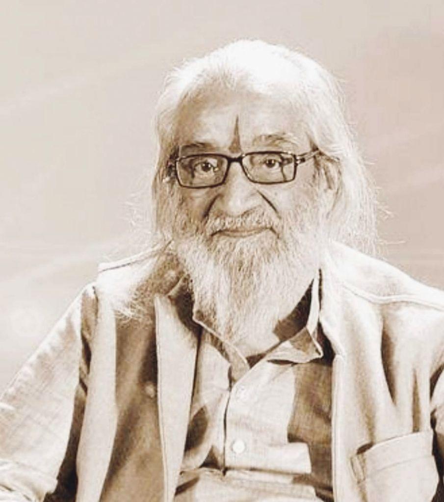 Maharashtra celebrated as renowned writer, Padma Vibhushan awardee Balwant Moreshwar Purandare turns 100.