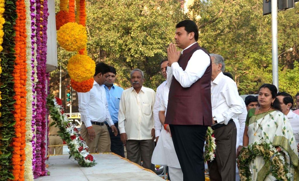 Maharashtra Chief Minister Devendra Fadnavis pays tribute on 'Hutatma Day' at Hutatma Chowk Memorial in Mumbai on Nov 21, 2016. - Devendra Fadnavis
