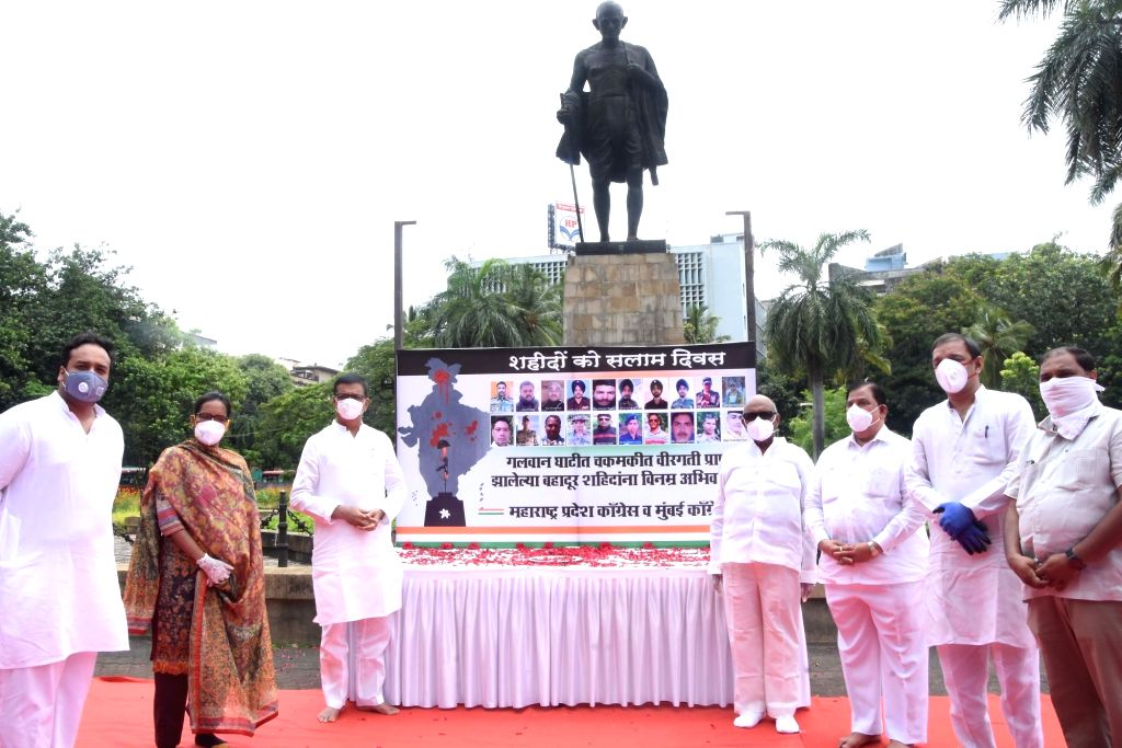Maharashtra Congress president Balasaheb Thorat along with party leaders pays tributes to the 20 Indian Army bravehearts who were martyred in a violent clash with the Chinese troops in the ...
