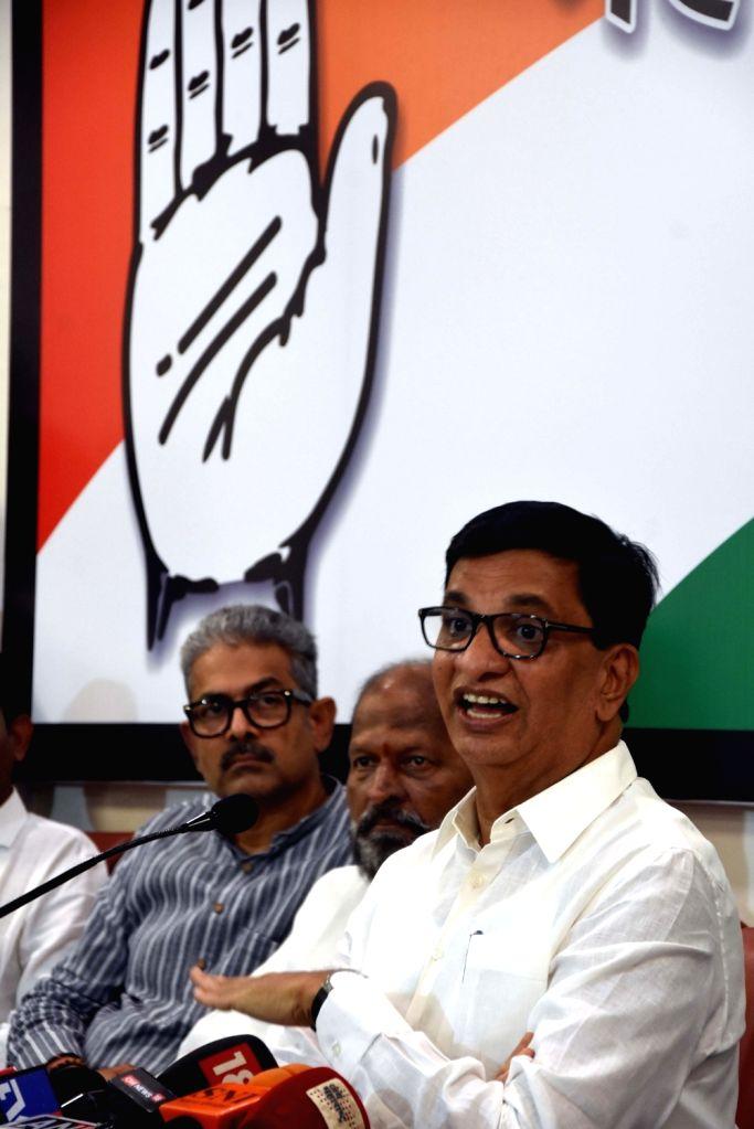 Maharashtra Congress President Balasaheb Thorat addresses a press conference in Mumbai on Oct 25, 2019.