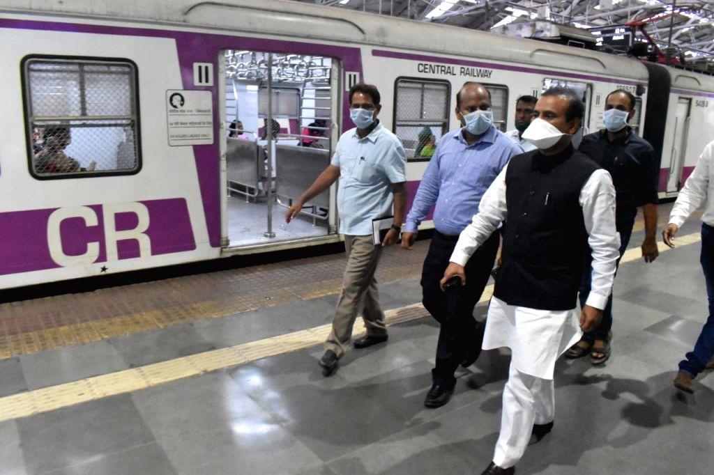 Maharashtra Health Minister Rajesh Tope visits the Central Railway headquarters, Chhatrapati Shivaji Maharaj Terminus, to check the crowds in view of COVID-19 (Coronavirus) pandemic, in ... - Rajesh Tope