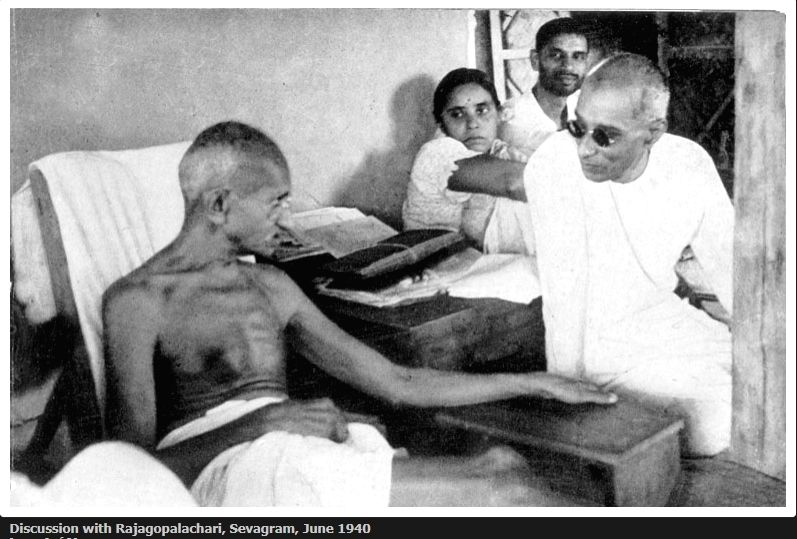 Mahatma Gandhi during a discussion with Rajagopalachari, Sevagram, June 1940. (Photo Courtesy: mkgandhi.org)