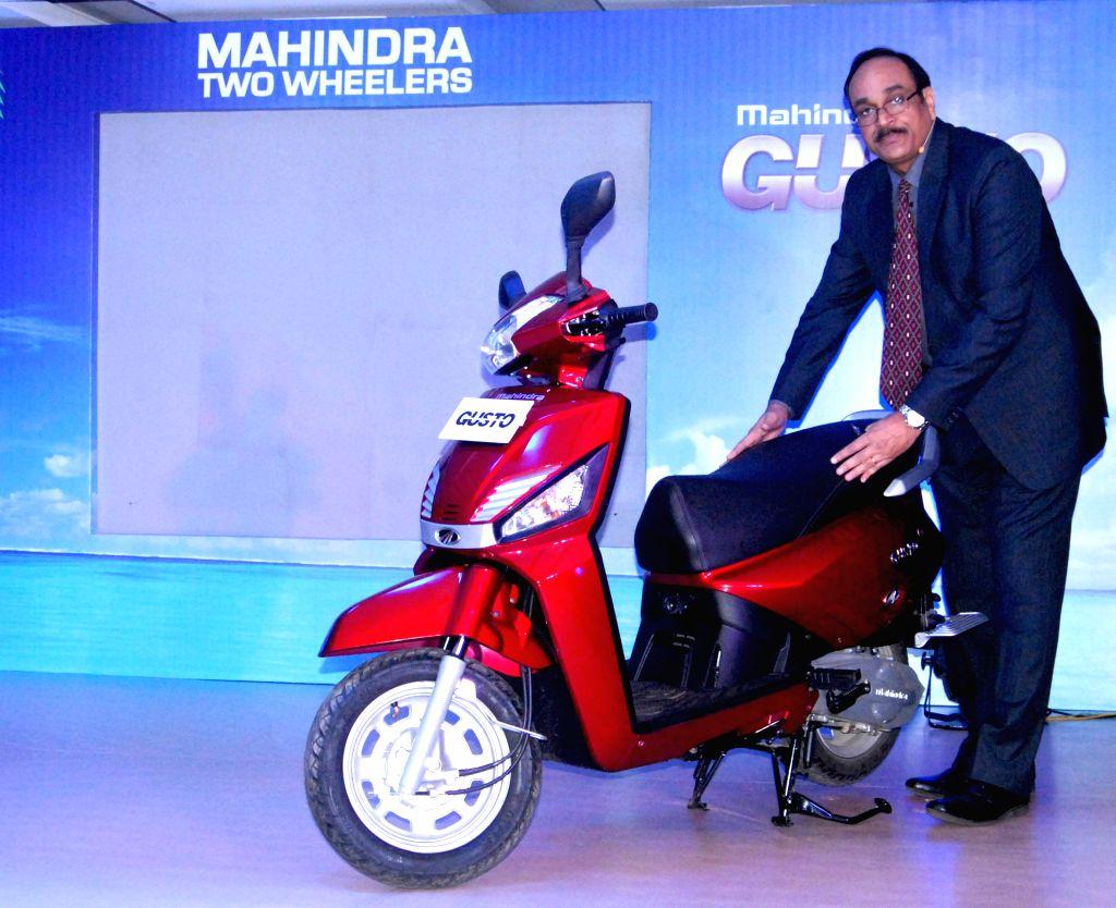 Mahindra Two Wheelers Ltd. Vice President (Sales and Customer Care) Dharmendra Mishra at the launch of `GUSTO` in Guwahati, on Jan 13, 2015. - Dharmendra Mishra