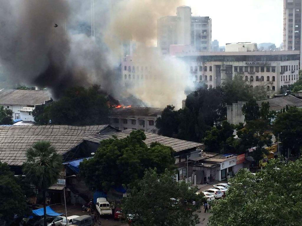 Major blaze engulfs RK Studios