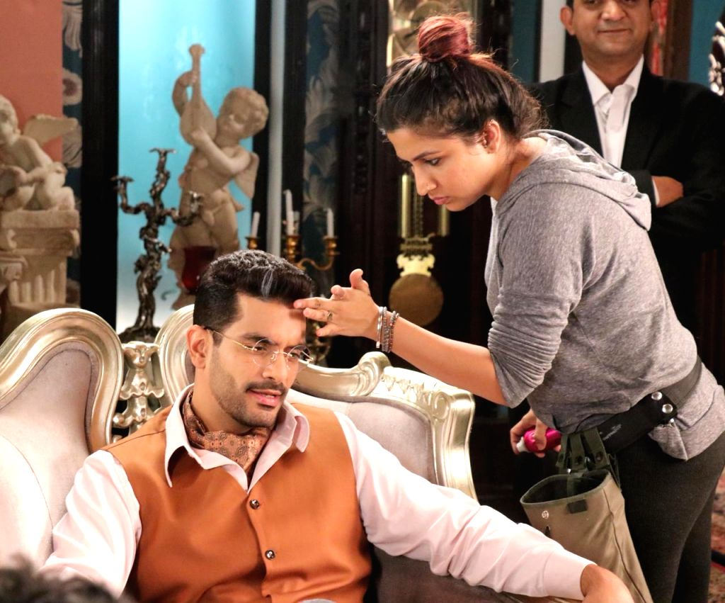 "Make-up and hair artist Sanah Kewal has opened up about the look for actor Angad Bedi for his upcoming web show ""The Verdict - State Vs Nanavati"". Based on a real-life incident, the series has the actor playing lawyer Karl Jamshed Khandalavala. This  - Sanah Kewal and Angad Bedi"