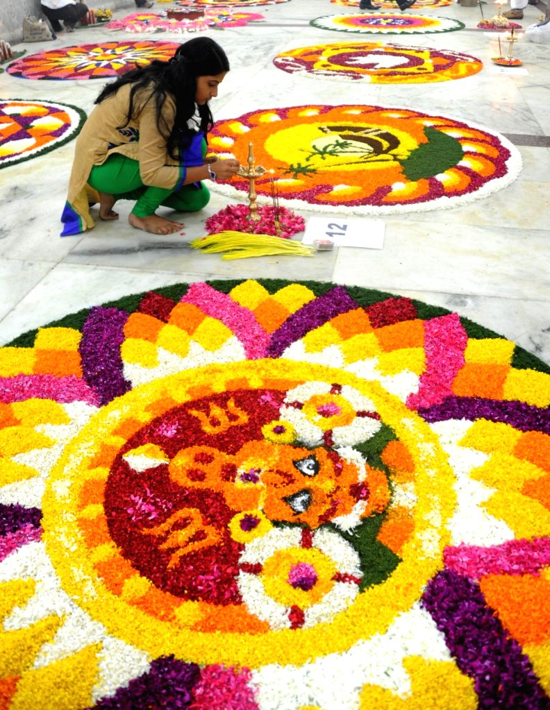 Malyalis celebrate Onam in New Delhi on Sept 11 2016.