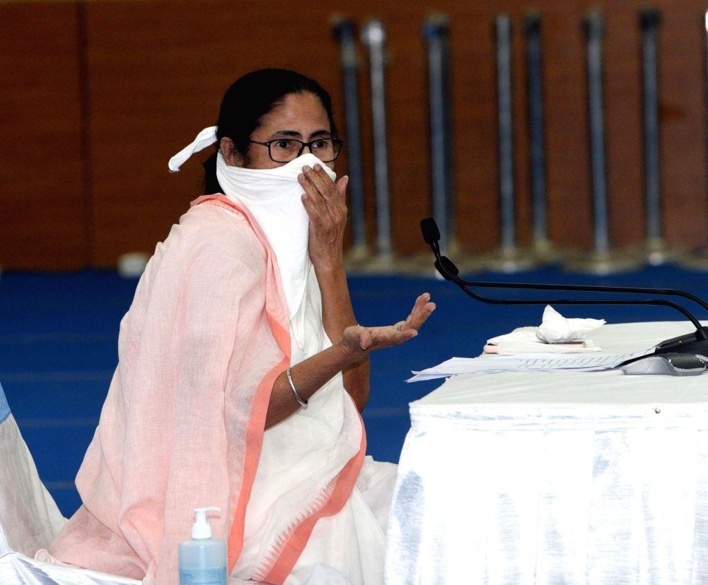 Mamata extends lockdown in Bengal till April 30