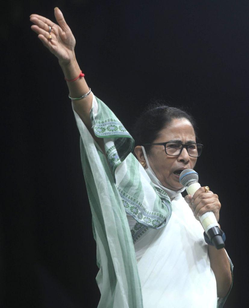 Mamata heading towards huge victory in Bhabanipur