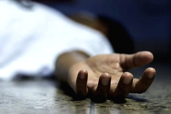 Man connives with doc to slay wife for insurance