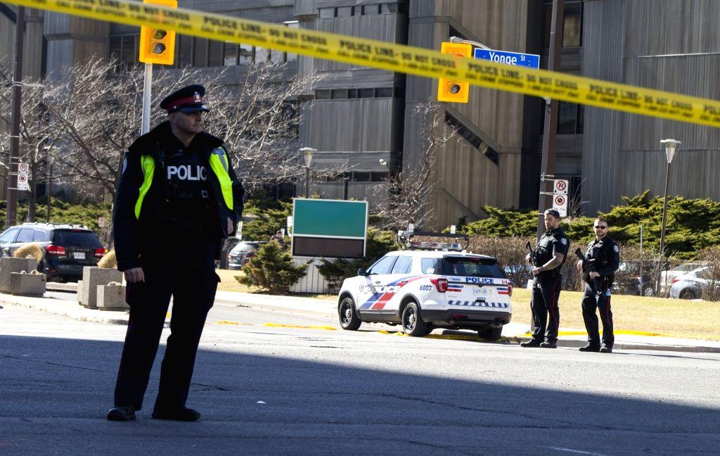 Man wearing police uniform kills 17 in Canada shooting (3rd Ld)