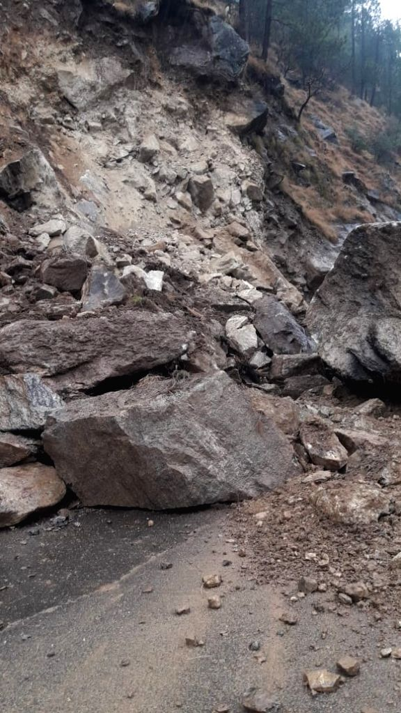 Manali-Chandigarh highway gets blocked due to landslide near Kullu on Feb 22, 2019.