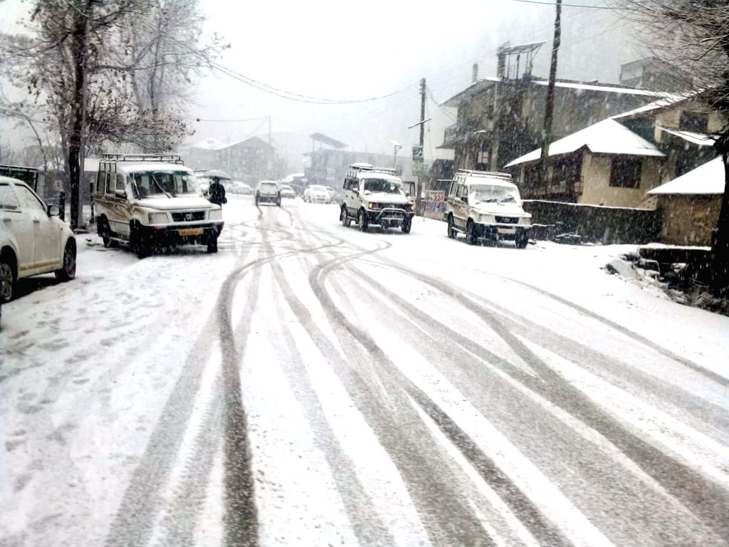 Manali receives fresh snowfall, on Feb 7, 2019.