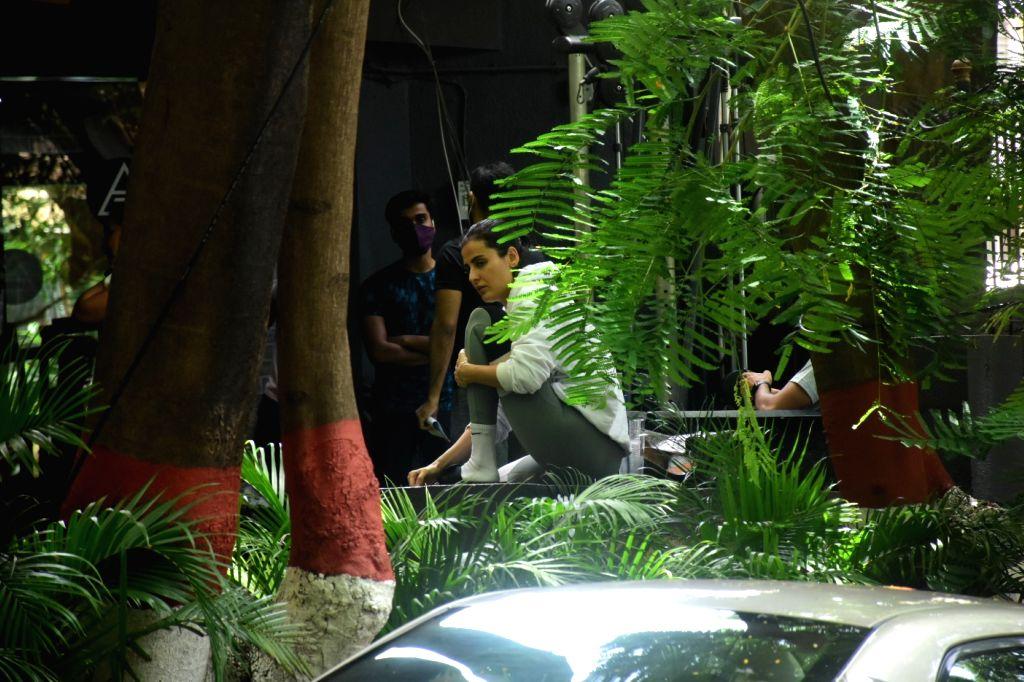 Mandana Karimi Spotted In Gym In Bandra on 23 june,2021.