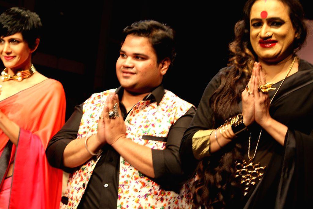 Mandira Bedi, Akassh K Aggarwal and Laxmi Narayan Tripathi. - Mandira Bedi and Laxmi Narayan Tripathi