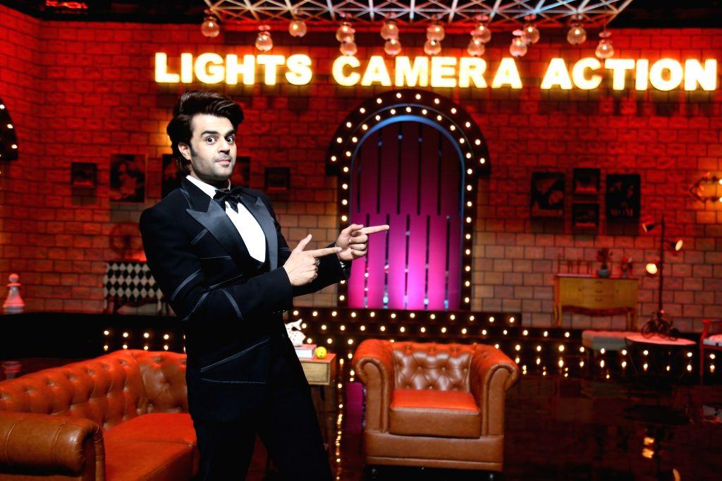 Maniesh Paul, Paritosh to do comical B'wood game show