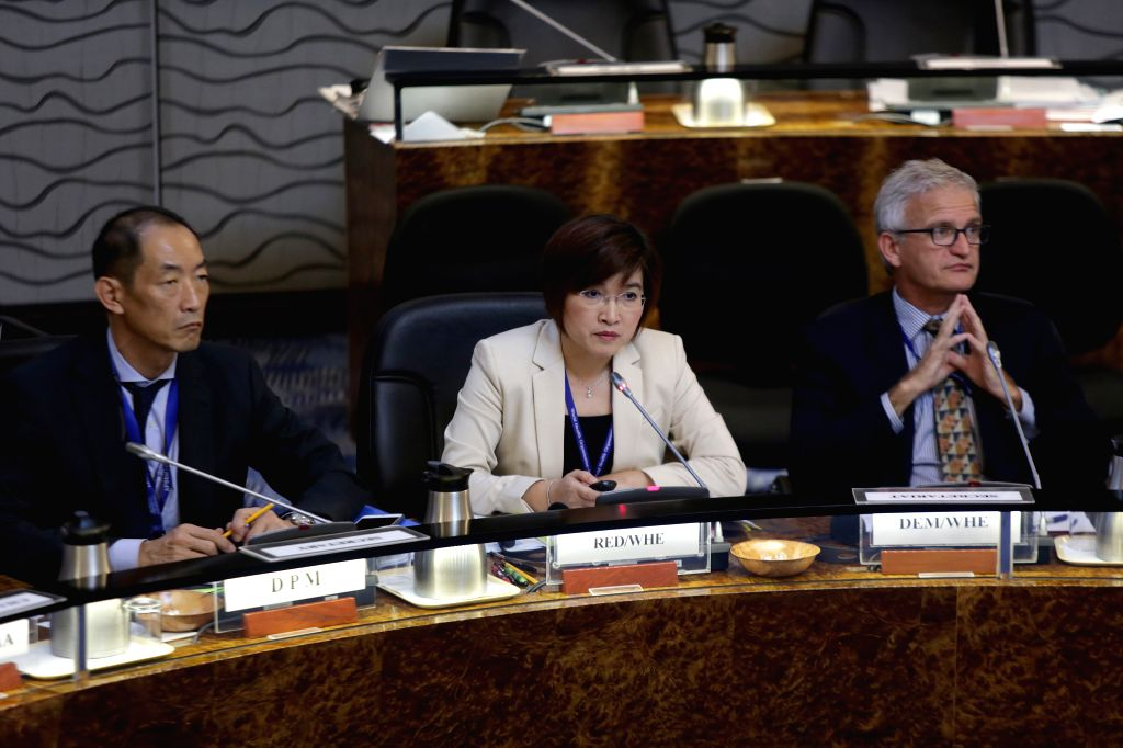 MANILA, Oct. 12, 2016 - Takeshi Kasai (L), Director of Programme Management of WHO Regional Office for the Western Pacific, Li Ailan (C), Regional Emergency Director of WHO Regional Office for the ...
