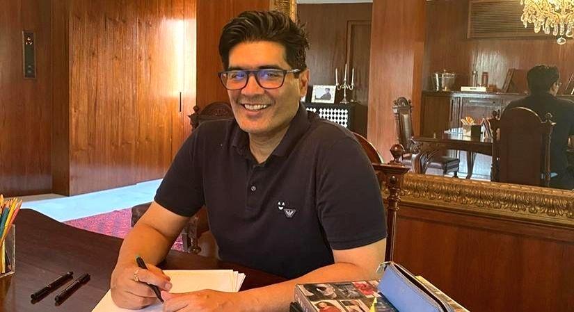Manish Malhotra opens Delhi, Hyderabad stores. - Manish Malhotra