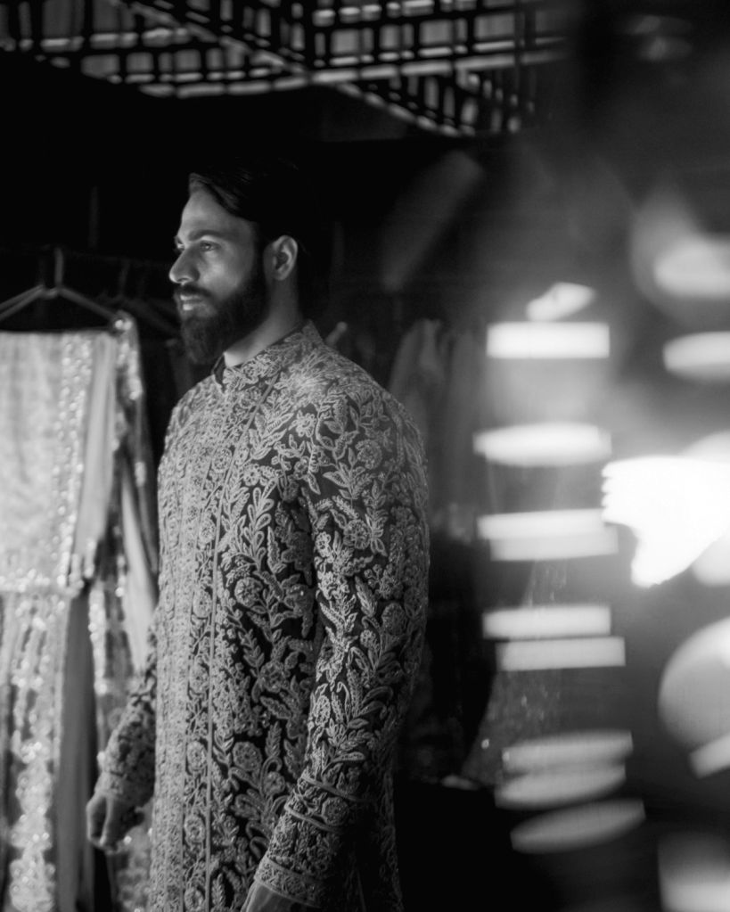 Manish Malhotra's closes digital ICW with opulence. - Manish Malhotra