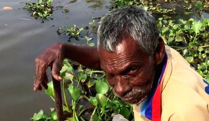 Mann Ki Baat' hero Rajappan alleges sister has taken his money.(photo:Twitter)